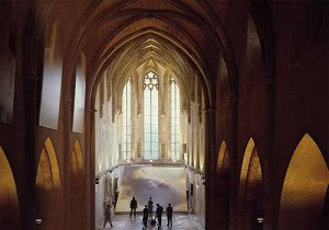 """Apokalypse"" Installation in der Dominikanerkirche, Krems,  1999"
